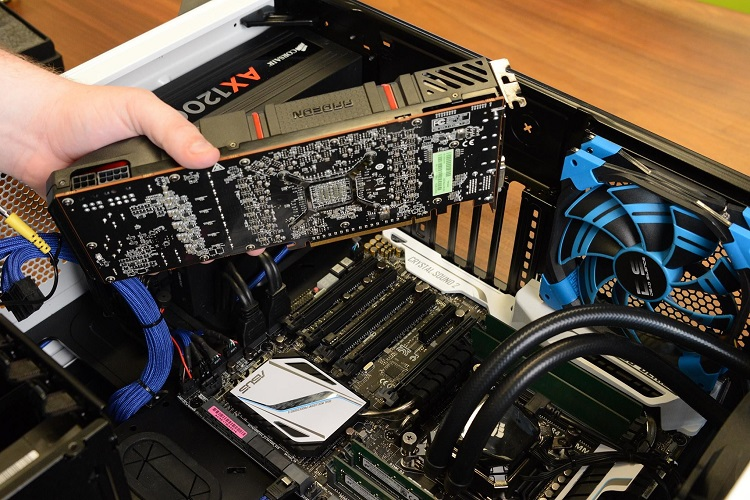 Inserting the Graphics Card
