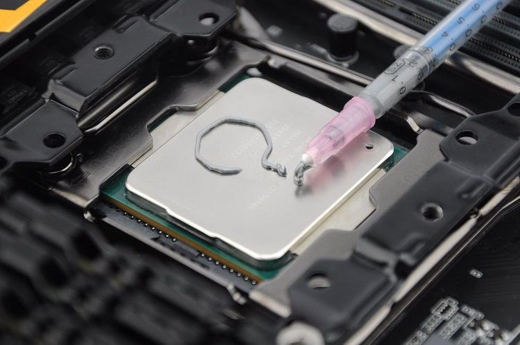 How Is Thermal Paste Made?